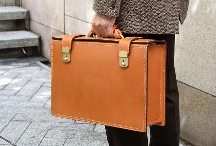ビジネスにおすすめのパイロットケース「革鞄のHERZ(ヘルツ)公式通販」