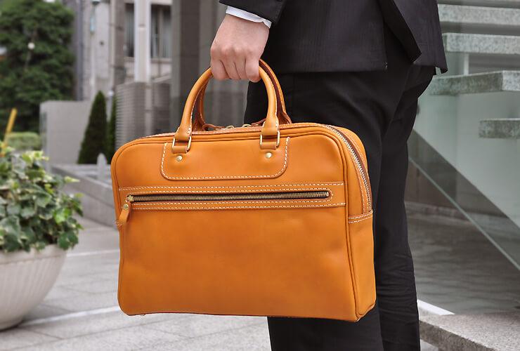 e903b961457240 Macbook15インチノートPCが入るカジュアル2本手ビジネスバッグ「革鞄の ...