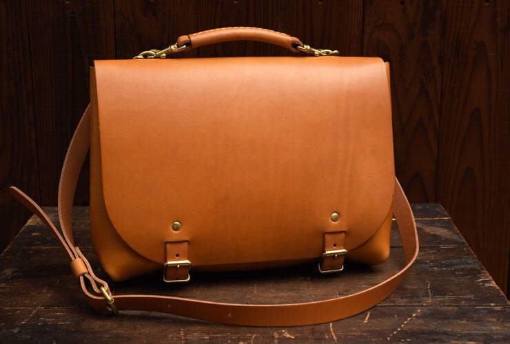 5b3fa0d2ae6d ビジネスバッグとしても使える本革3way仕様のナレッジバッグ「革鞄のHERZ ...