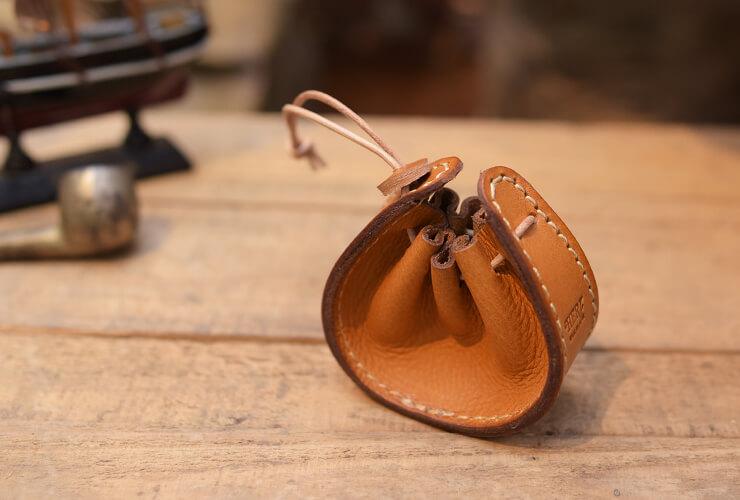 ヘルツの財布 船形巾着小銭入れ