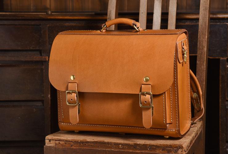 4f87683750 大人も使える樽型ランドセルはA4ファイル対応の本革鞄「革鞄のHERZ ...