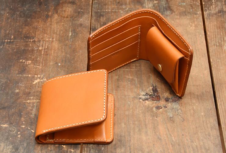 on sale 86503 431be ずっと作り続けているスタンダードデザインの二つ折り財布「革鞄 ...