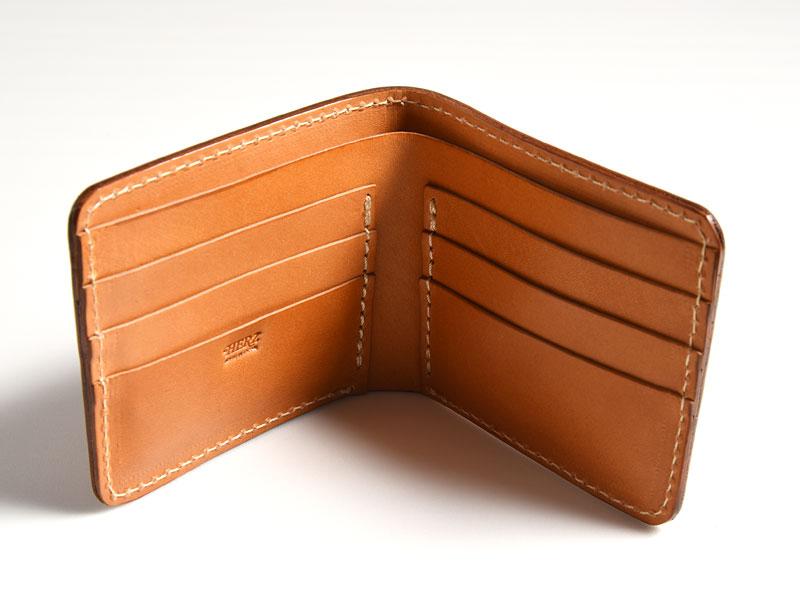 96e92a2274ac 小銭入れが外側にある小銭が出しやすい二つ折り財布「革鞄のHERZ(ヘルツ ...