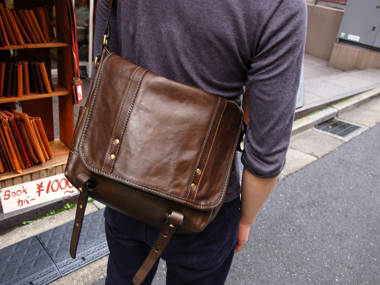スタッフ愛用品:メッセンジャーバッグ