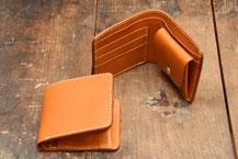 二つ折り財布の一覧