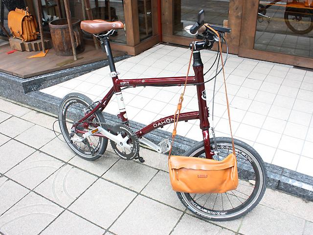 自転車とドラムショルダー
