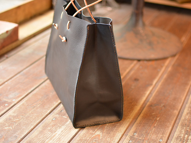 革紙袋 側面
