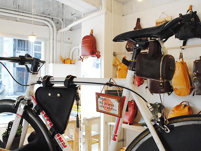 自転車企画 サドルバッグ