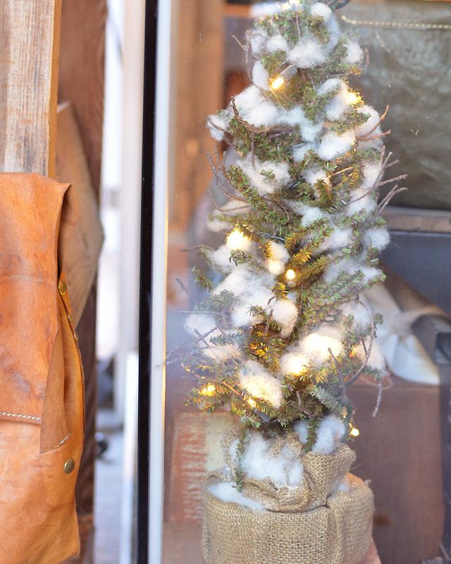 FACTORY SHOP クリスマスディスプレイ3