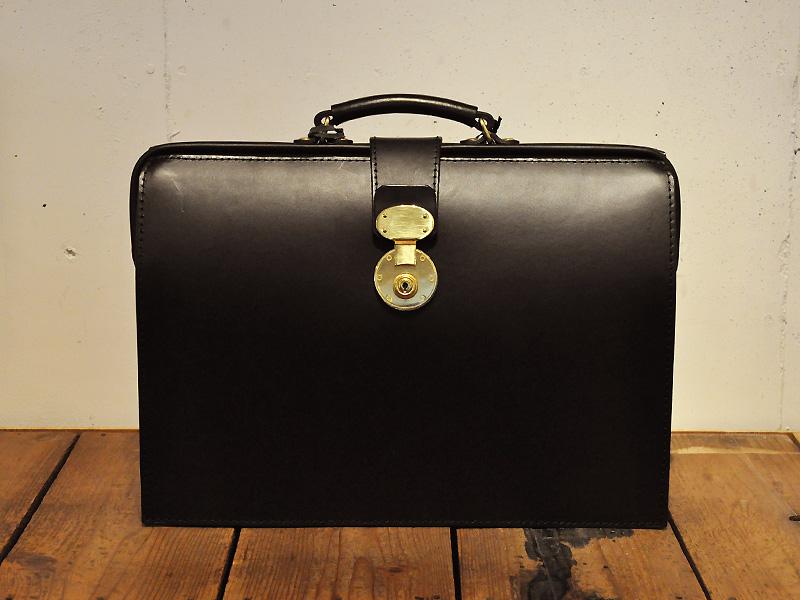 TBSドラマ「LEADERS リーダーズ」にHERZのダレスバッグが使用されます
