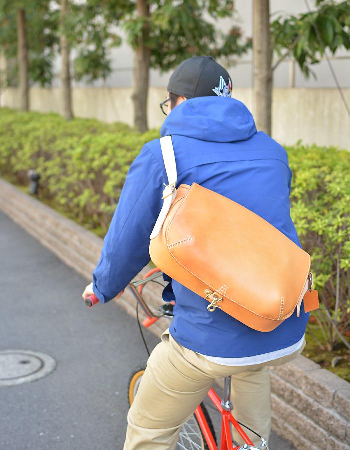 総かぶせのメッセンジャーバッグ(CM-141) サイクリング