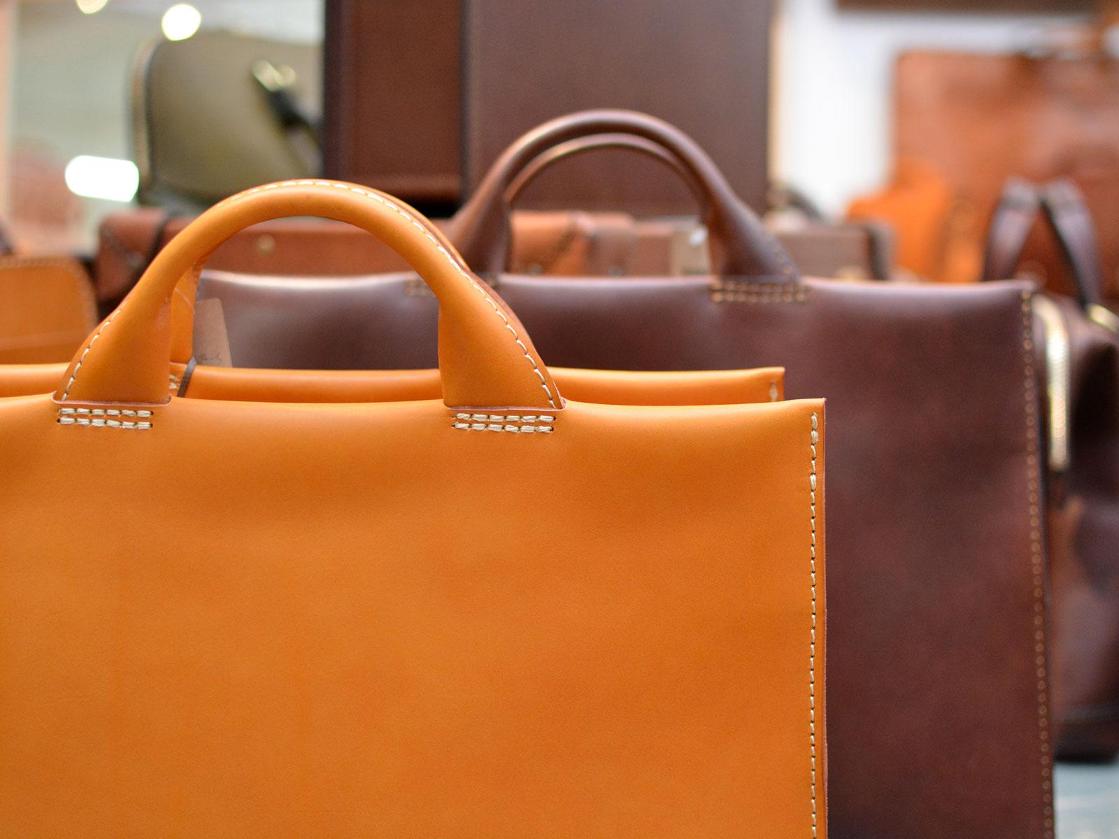 ビジネスバッグの選び方・人気ランキング特集