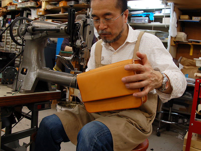 NHKテレビ「美の壺」にHERZのトートバッグが紹介されています