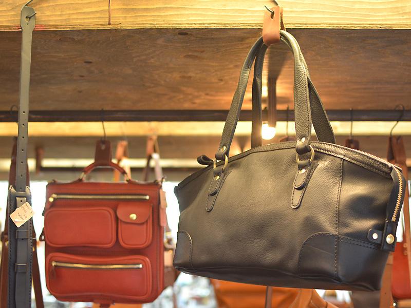 トートバッグと復刻鞄
