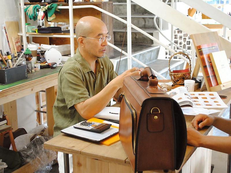 鞄のオーダー会 2013年の様子1