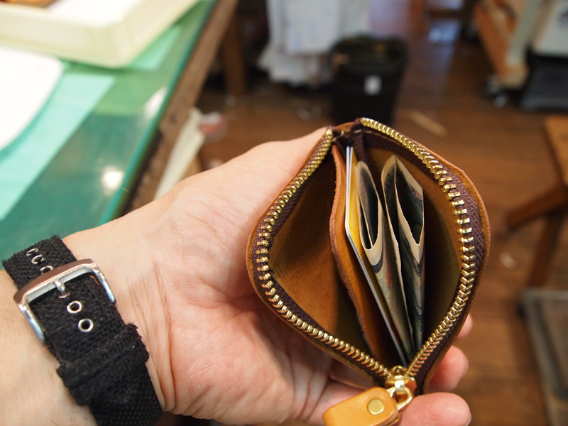 お札&カード とコイン
