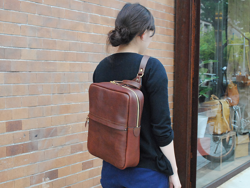 大阪3周年記念鞄VOL8 女性着用