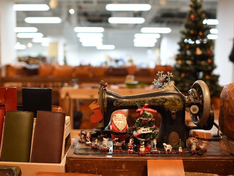 本店クリスマスディスプレイ