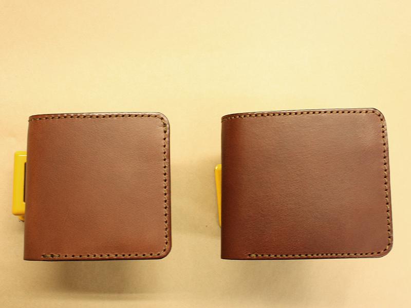 先輩のコンパクト財布
