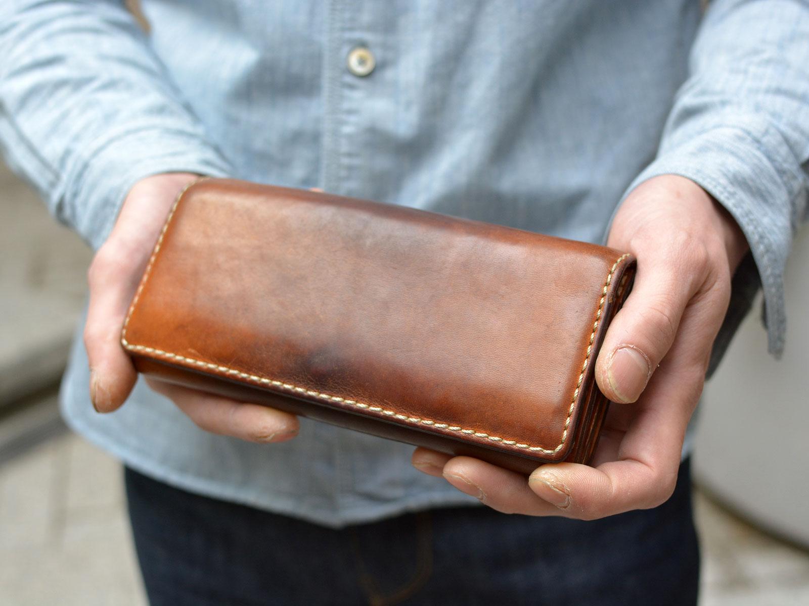 スタッフ愛用品:ソフトレザーの長財布