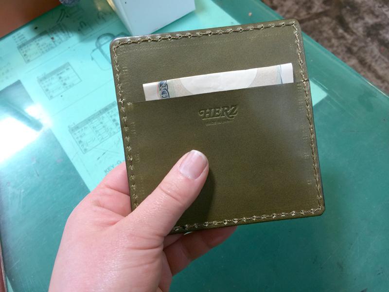 カードケース背面