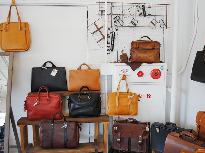 ファスナータイプの2wayビジネスバッグ(BF-20) お客様愛用品 店内写真