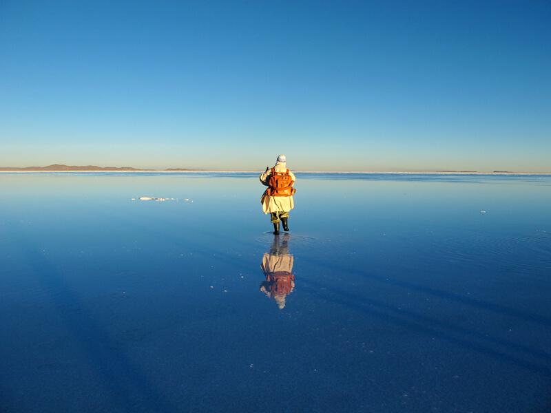 ウユニ塩湖と鞄