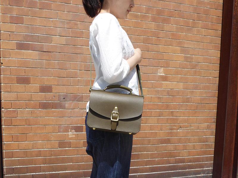 作り手:佐藤作「イージーバッグ」女性斜め掛け