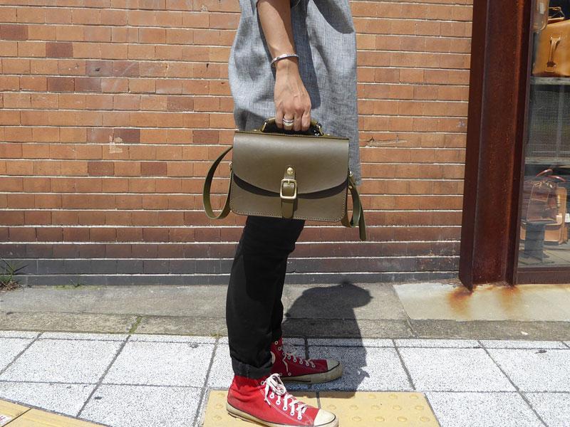 作り手:佐藤作「イージーバッグ」男性手持ち