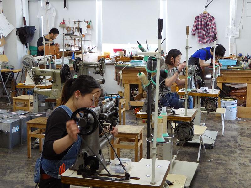 大阪店の工房