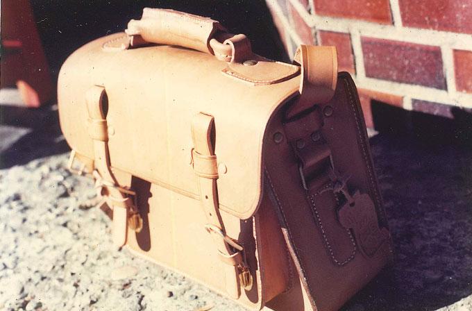元祖箱型2wayショルダーバッグ(A-23)の原型