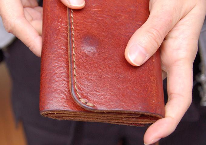 スタッフ愛用品:Organ小型財布 エイジング1