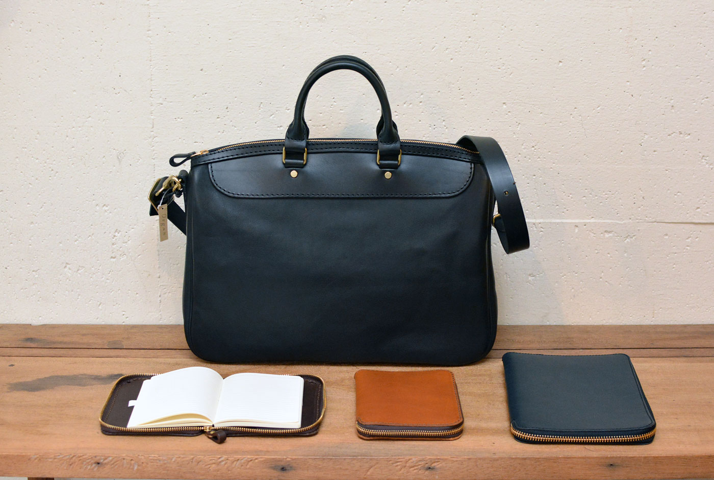 Organでは、仕事に使えるビジネスバッグとブックケースをお勧め