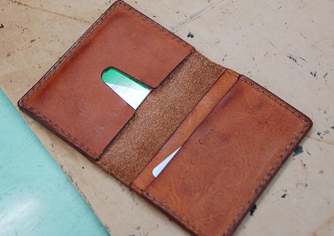 スタッフ愛用品:カードケース エイジング2