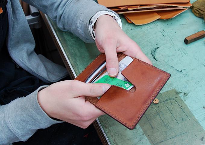 スタッフ愛用品:カードケース 愛用法1