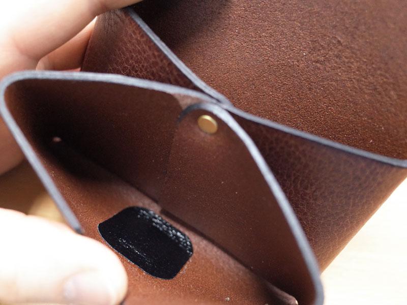 作り手:西邑の錠前カードケース 金具