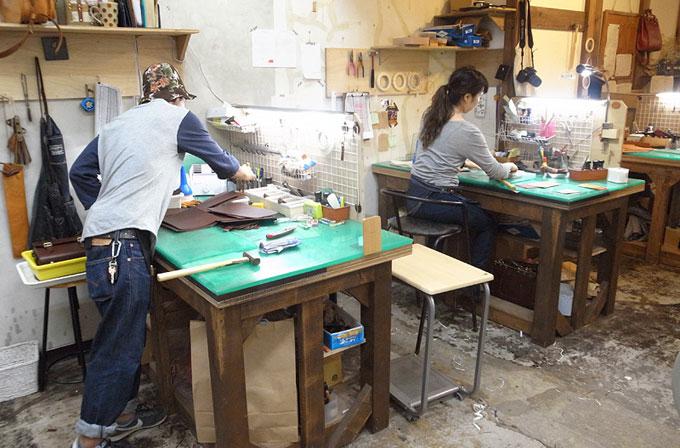仙台店の作り手たち(左から、小田島・青木)。