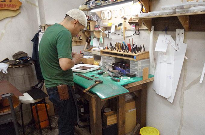 ベテラン作り手の増澤(以前は渋谷で製作を担当していました)。