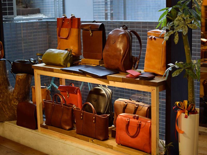 名古屋生まれのサンプル鞄たち販売中!!