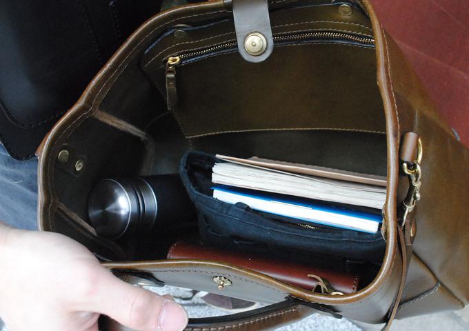 スタッフ愛用品:横型2wayトートバッグ 愛用法4