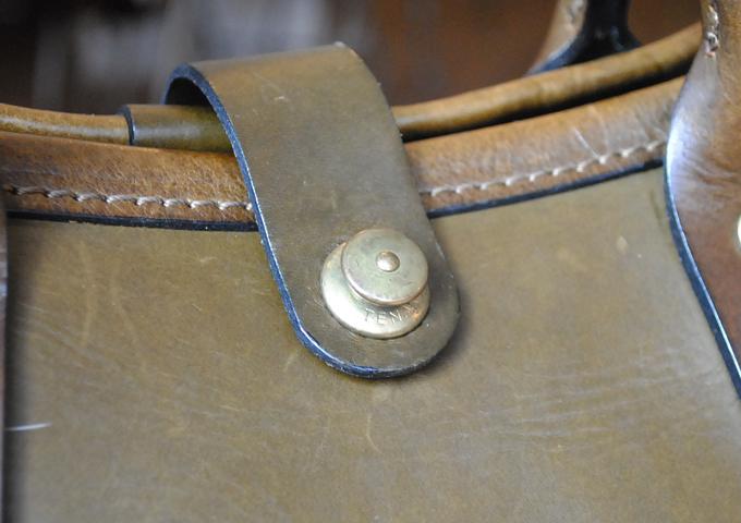 スタッフ愛用品:横型2wayトートバッグ エイジング金具