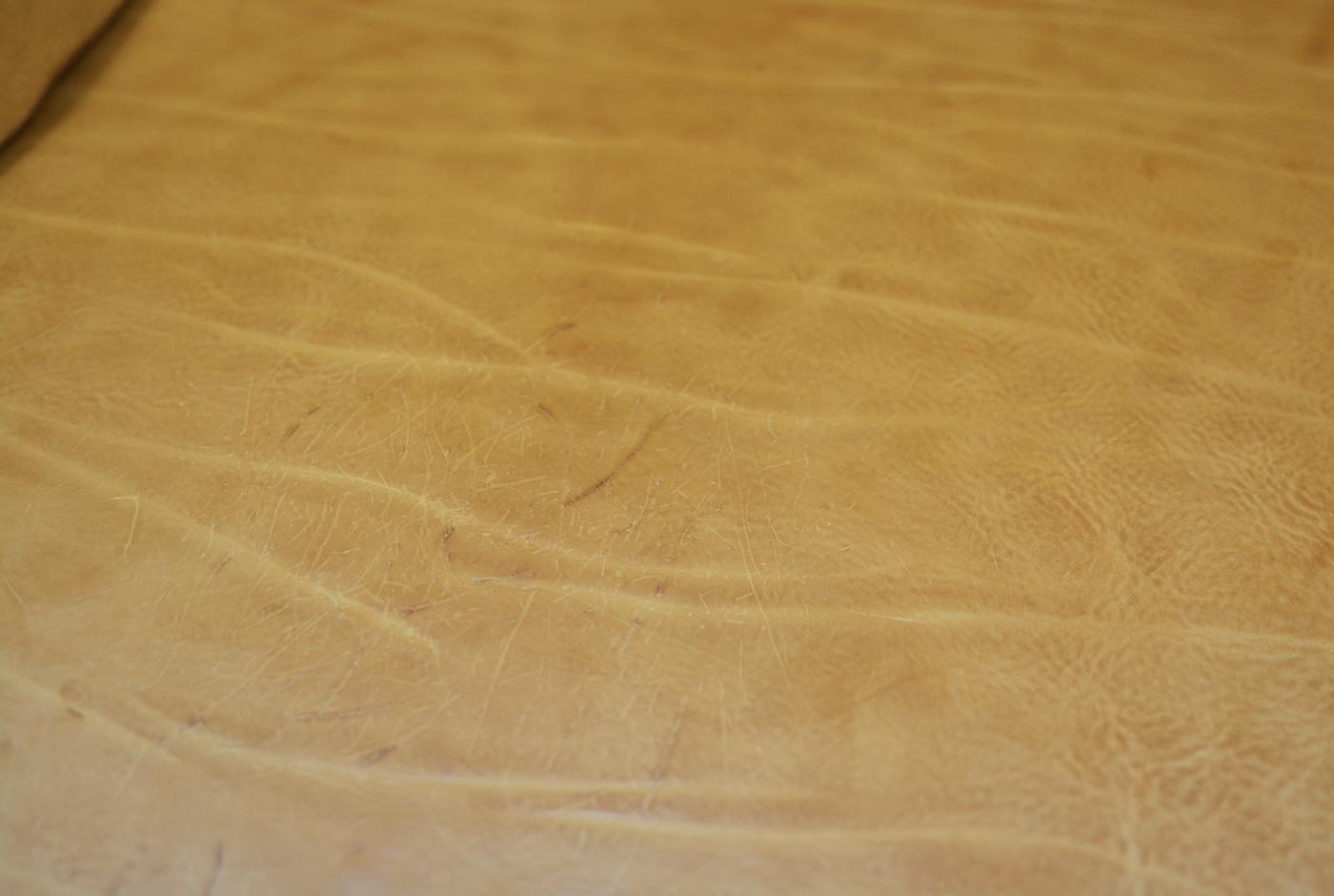 プルアップレザーの革質
