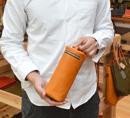 【贈り物】:筒型マルチポーチ
