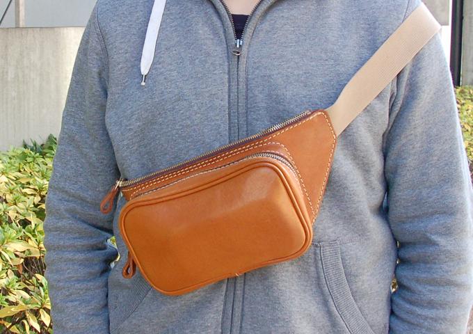 スタッフ愛用品:羽付きウエストバッグ 半年使用