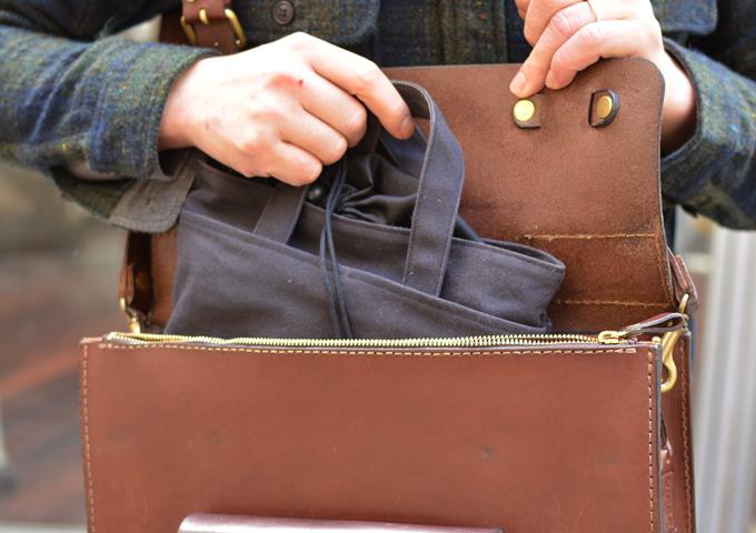 スタッフ愛用品: 学生鞄風・2wayビジネスバッグ 愛用法3