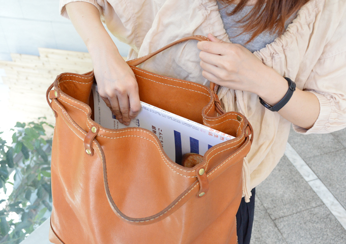 スタッフ愛用品:2段階取っ手のトートバッグ 愛用法2