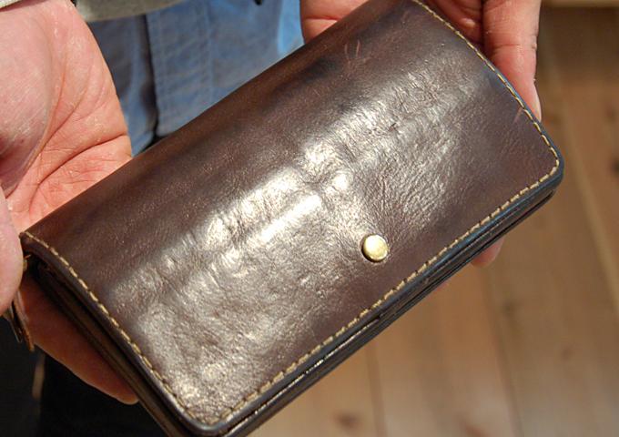 スタッフ愛用品:ジャバラ長財布 エイジング3