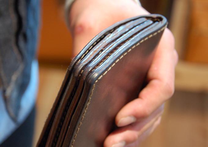 スタッフ愛用品:ジャバラ長財布 エイジング1
