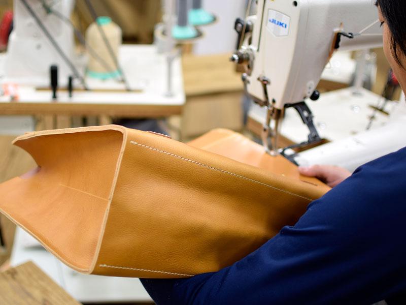 ダレスバッグの縫製