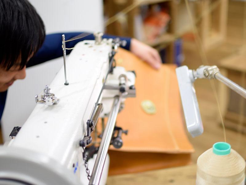 ダレスバッグの縫製2